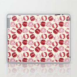 Kiss traces Laptop & iPad Skin