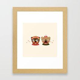 Jumelles oursonnes Framed Art Print