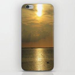 Scandinavian Sunsets - Ven iPhone Skin