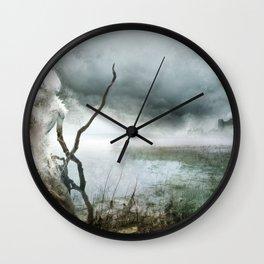 Dame Blanche pour Château Noir Wall Clock