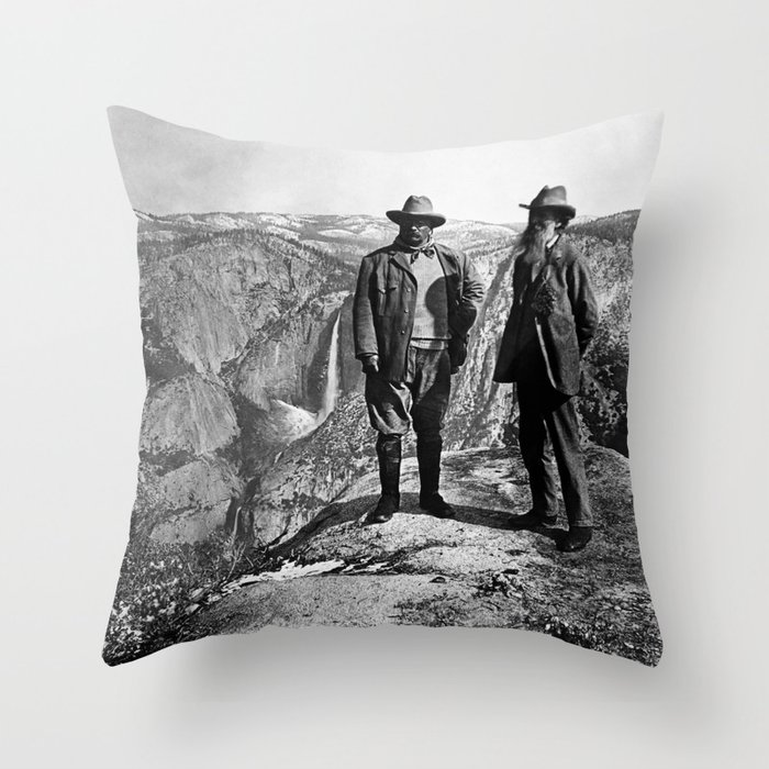 Teddy Roosevelt and John Muir - Glacier Point Yosemite Valley - 1903 Throw Pillow