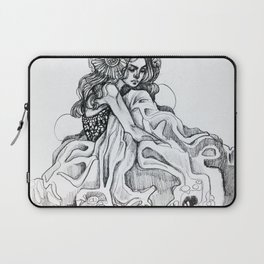 The Queen Laptop Sleeve