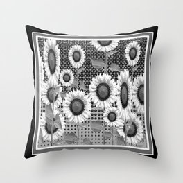 B&W NEW YORK STYLE FLORAL ART Throw Pillow