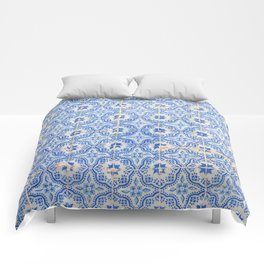 Lisbon tiles Comforters