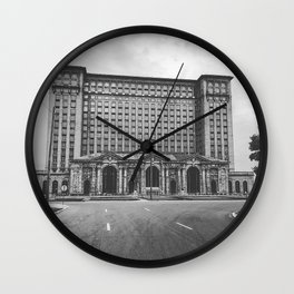 Decay Central Wall Clock
