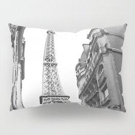 The Eifel tower in Paris Pillow Sham