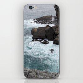 Breaking waves iPhone Skin