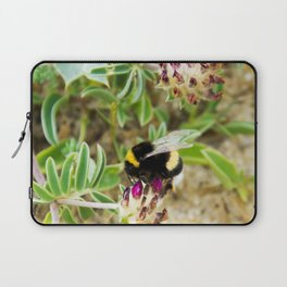 bumble bee on the dunes I Laptop Sleeve