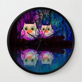 owl-145 Wall Clock