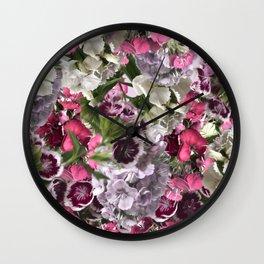 CLAVELES ROSAS Wall Clock