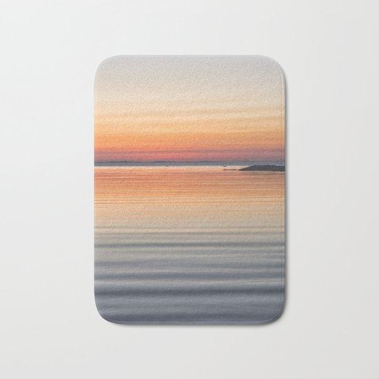 Ripples sea and sky Bath Mat