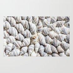 White Seashells Pattern Rug
