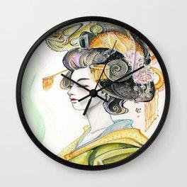 Chameleon Oiran Wall Clock