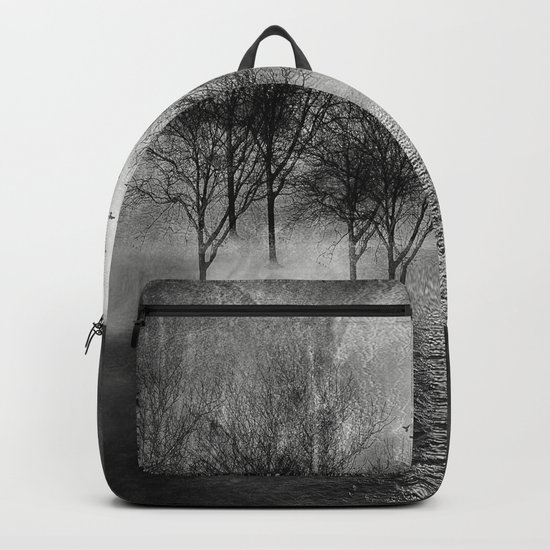 Black and White - Paisaje y color II Backpack