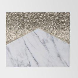 Shimmering golden chevron marble Throw Blanket