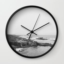 CALIFORNIA COAST VI (B+W) Wall Clock