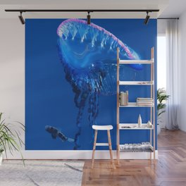 Fish and friend jellyfish Man O´War Wall Mural