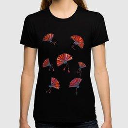 Red oriental fans T-shirt
