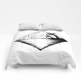 Triangle paradis 2 Comforters