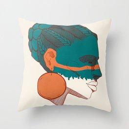 Nómada Throw Pillow