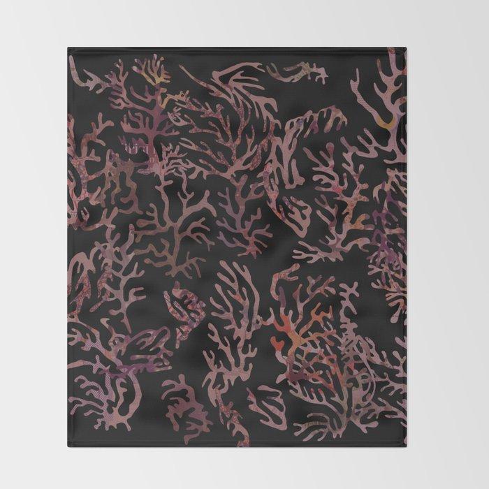 scarlet underwater Throw Blanket