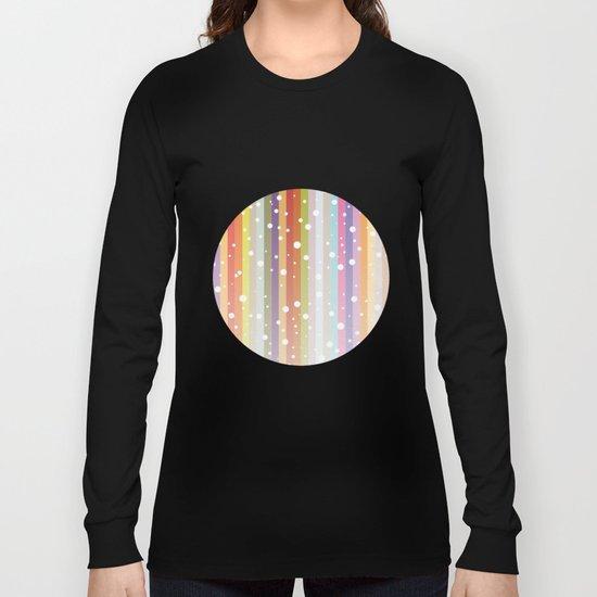 Snow falls on the rainbow Long Sleeve T-shirt
