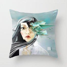 iDORU Throw Pillow