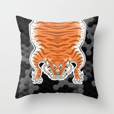 TIBETAN TIGER GOLDEN (black) Throw Pillow