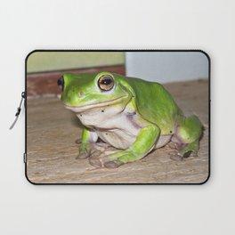 Freddy frog waiting for dinner Laptop Sleeve