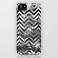 PATTERN {Chevron Storm} iPhone (5, 5s) Slim Case