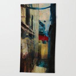 Winter Rust Beach Towel