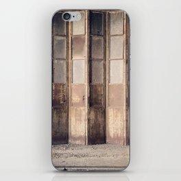 Accordion Glazed iPhone Skin