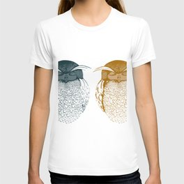 owl by Laura Pizzicalaluna T-shirt