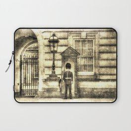 Buckingham Palace Queens Guard Vintage Laptop Sleeve