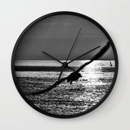 INFINITELY SLIDING SWING Wall Clock