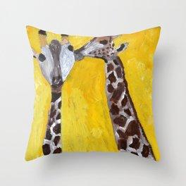 Kissing girafs Throw Pillow