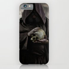 Holding a male skull Slim Case iPhone 6s