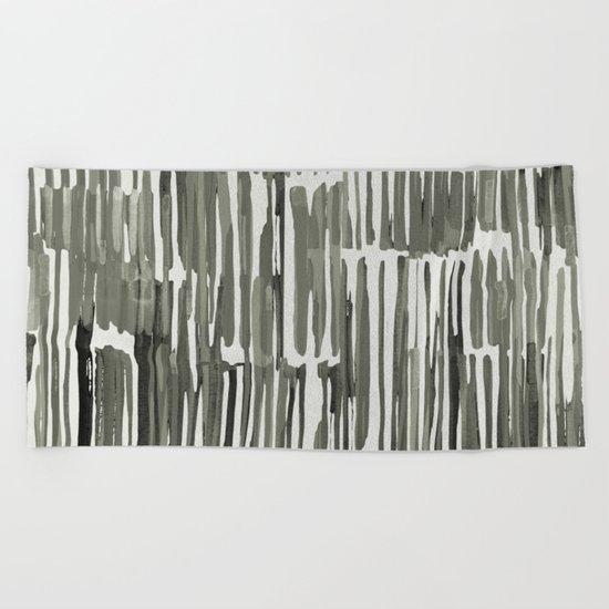 Simply Bamboo Brushstroke Green Tea on Lunar Gray Beach Towel