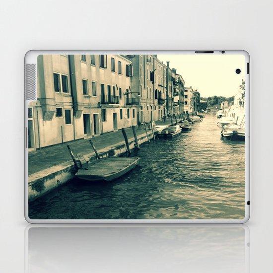 Venezia, where my heart is Laptop & iPad Skin