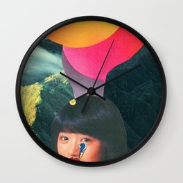 Teen Kiss en Kamehameha Wall Clock