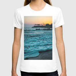 Wavy Waters In California In The Summer T-shirt