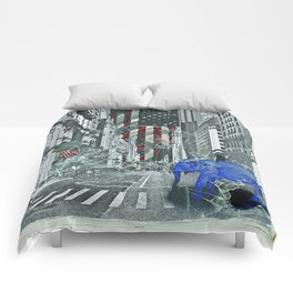 Elephant in New York Picture Comforters