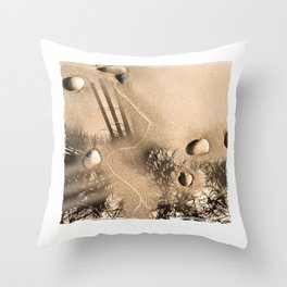 art in the sand 3 Throw Pillow