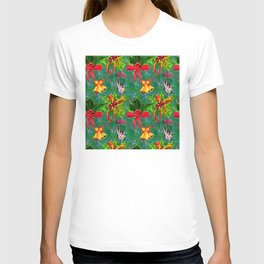 Christmas Red Bows & Gold Bells Watercolor Pattern T-shirt