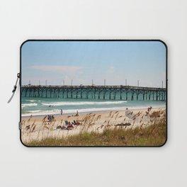 Beachgoers At Topsail Laptop Sleeve
