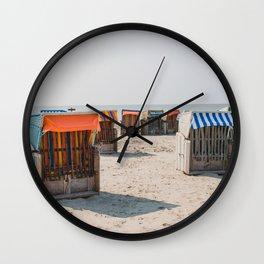 Cabines de plage 4 Wall Clock