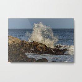 Wave crashing on the rocks Metal Print