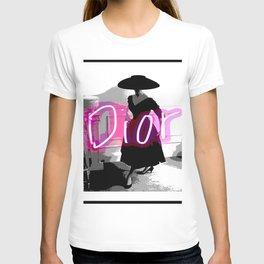 fashion icon no 3 neon edition T-shirt