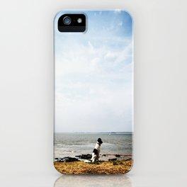 Serie #uneviedechien // 2/20 iPhone Case