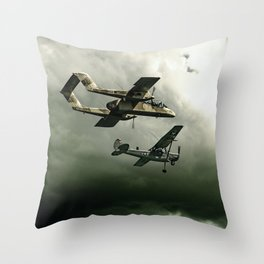 TUE HEROES IV Throw Pillow